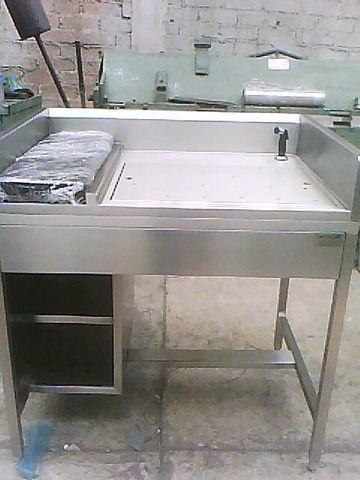Ba o de arteza fabricacion de todo tipo de muebles de for Muebles para bano acero inoxidable